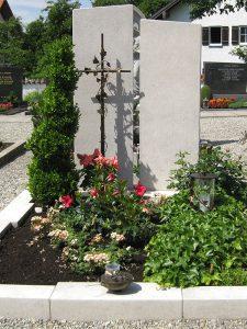 Einzelgräber, Steinmetz